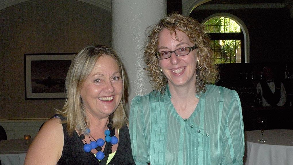 Landon Mackenzie et Julie Trudel après l'annonce du prix.
