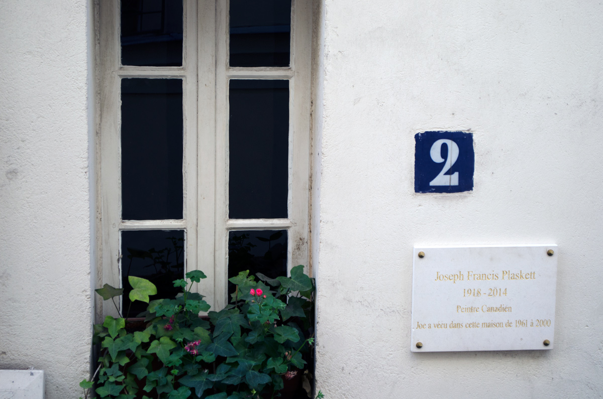 Honorary Plaque outside Joseph's Paris home